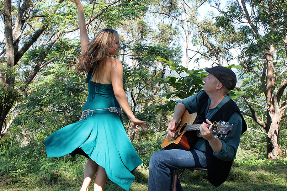 _0000_gypsy-gold-coast-wedding-duo
